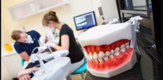 signs Your Dentist Is Ripping You Off